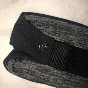 Lululemon reversible headband